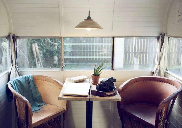 shasta-camper-designtripper-laura-dart-gardenista-table