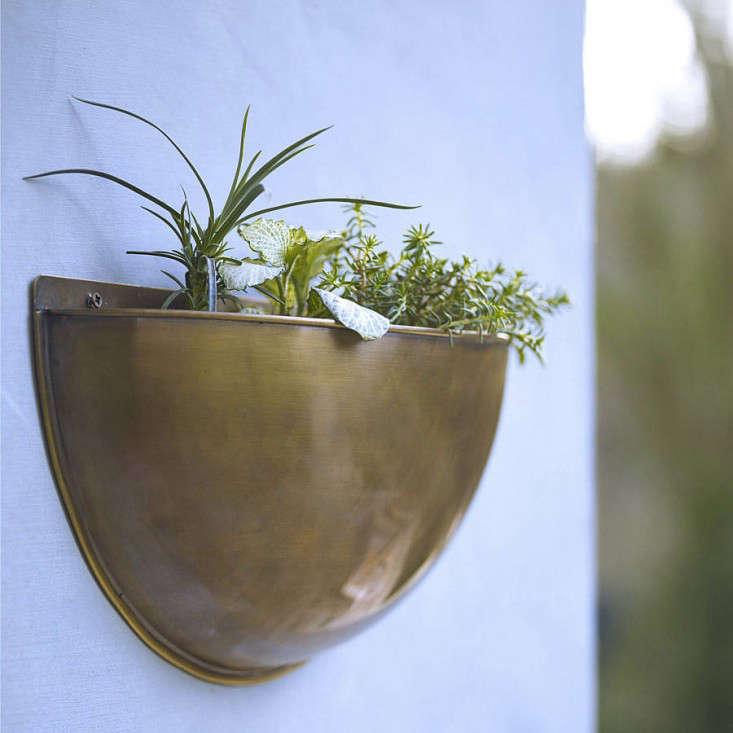 sola-brass-wall-planters-rowen-and-wren-gardenista-2