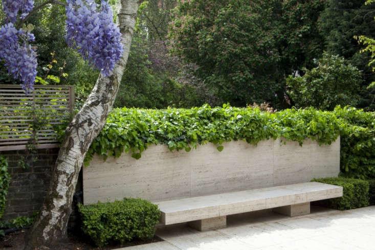 st-johns-wood-bench-del-buono-gazerwitz-gardenista