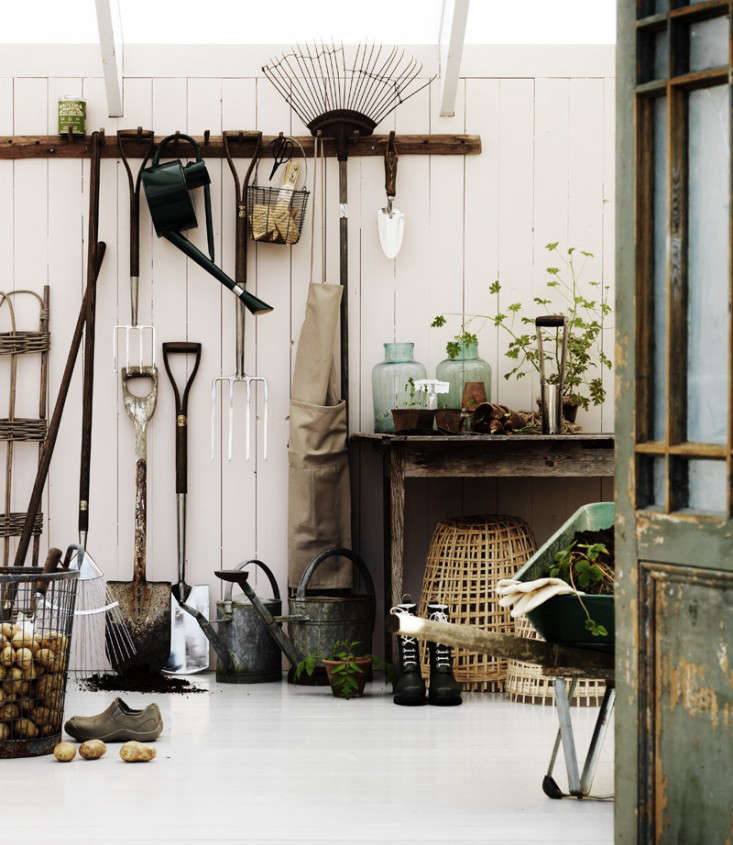 Steal This Look: A Perfect Potting Shed: Gardenista