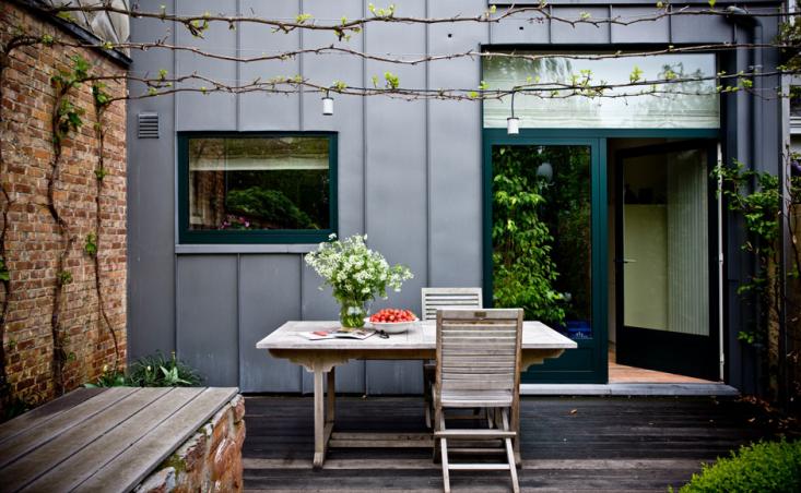 steal-this-look-antwerp-walled-garden-archi-verde-gardenista-2