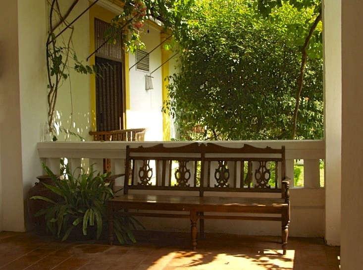 steal-this-look-veranda-palacio-de-deao-gardenista