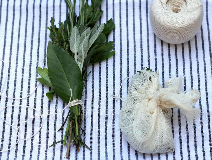 two bouquet garni and string