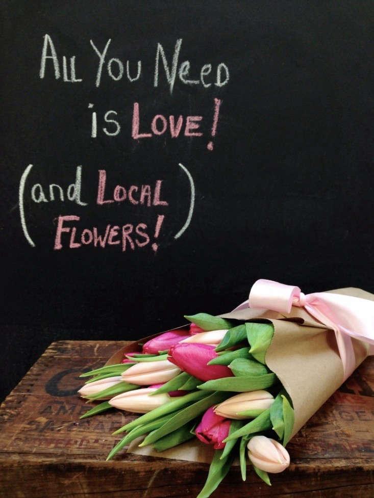 valentines-day-flowers-tulips-gardenista-1
