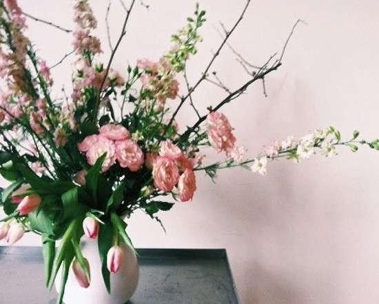 valentines-local-flowers-tulips-arrangement-gardenista
