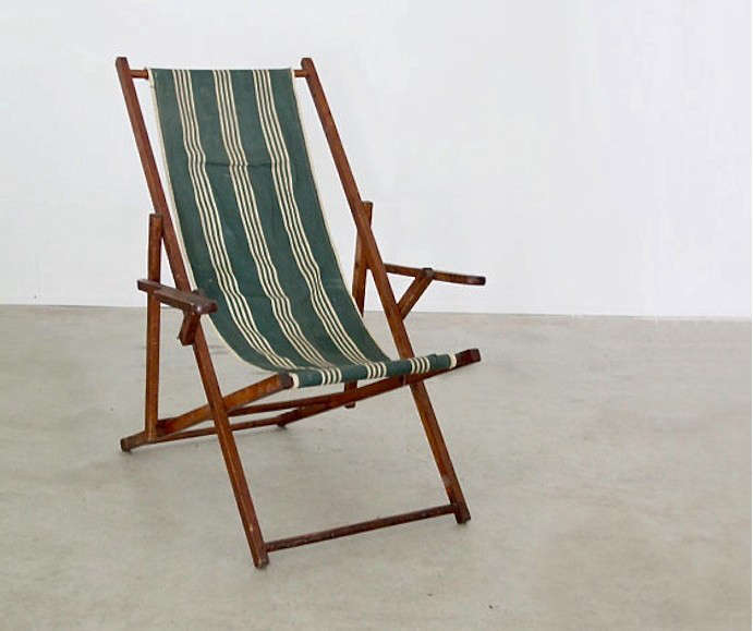 Retro or vintage sling chair