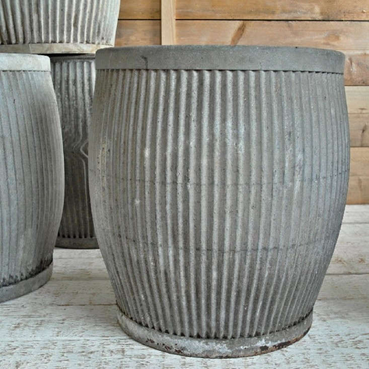 10 easy pieces zinc barrel planters gardenista for Tin tub planters