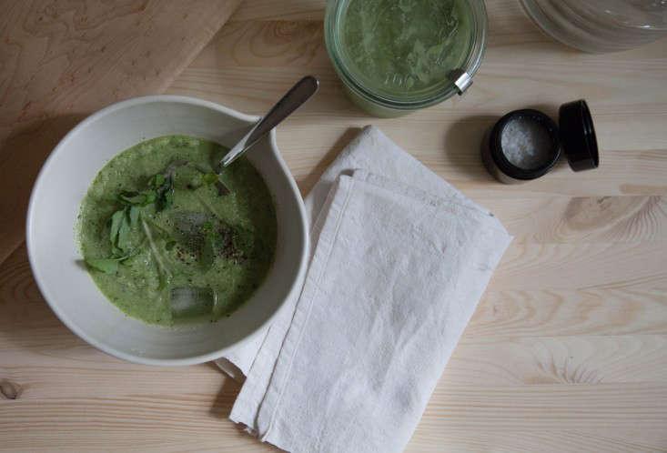 vitamix-chilled-garden-soup-gardenista-3