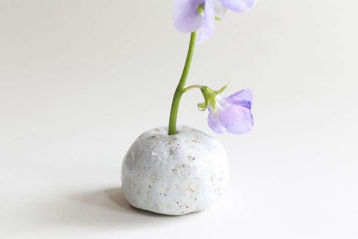 white-chalk-vase-cecile-deladier-gardenista