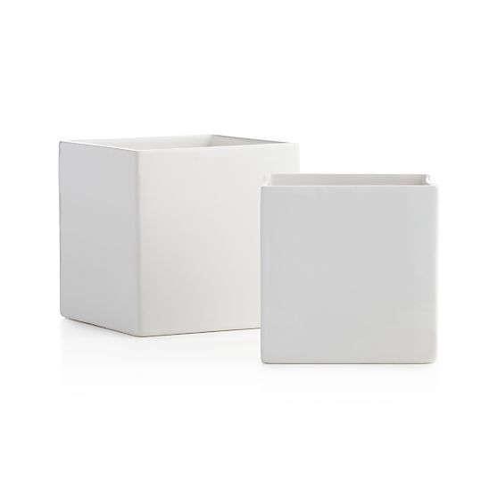 white-square-planters-gardenista