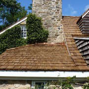 wood-shake-roofing-LGC-Roofing-Gardenista