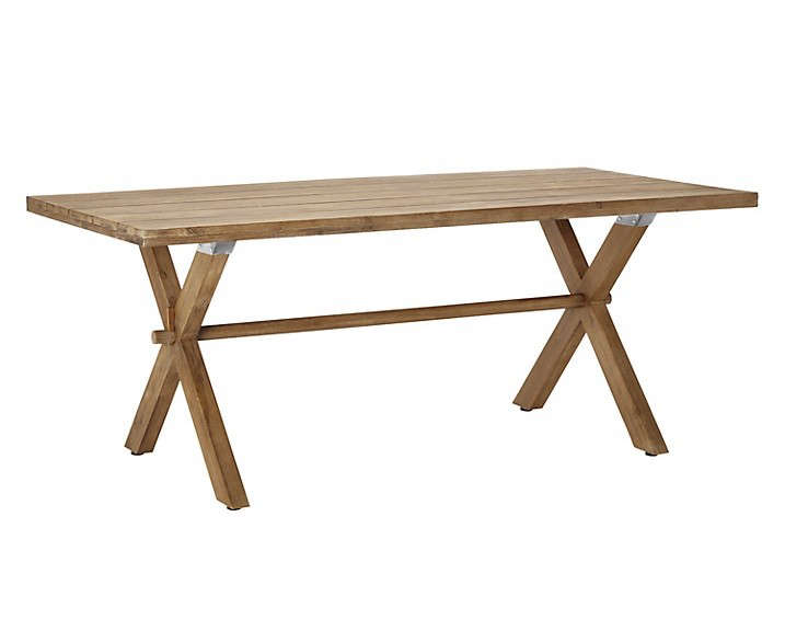 picnic-style-eucalytus-wood-dining-table-gardenista