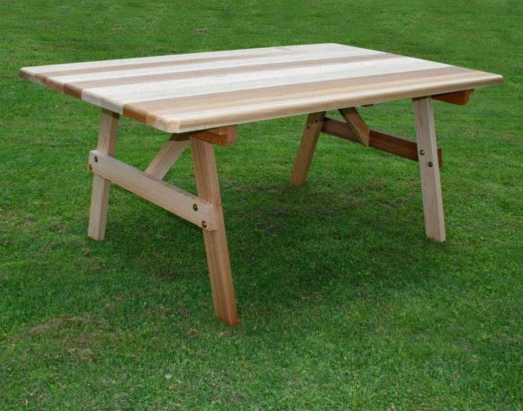 traditional-picnic-table-gardenista
