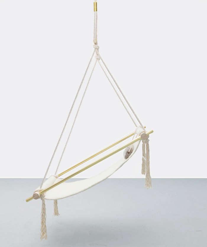 hanging-chair-ladies-gentleman-ovis