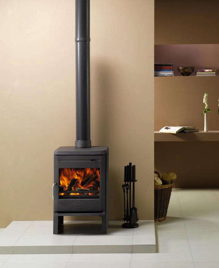 Dovre astroline 350cb cast iron stoves gardenista for Most efficient small wood burning stove