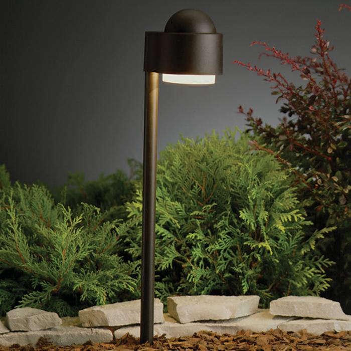 Unique Low Voltage Landscape Lights: Simplicity Side Mount Path Light: Gardenista
