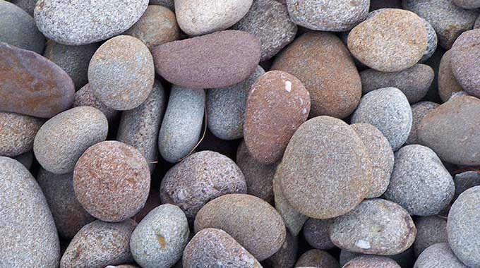 Decorative Stone And Sand : Decorative stone gravel gardenista