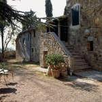 tuscanfarmhouse