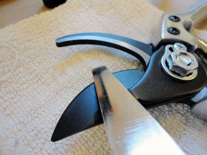700_fiskars-tool-sharpener