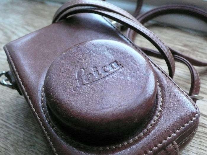 700_leica-leather-case