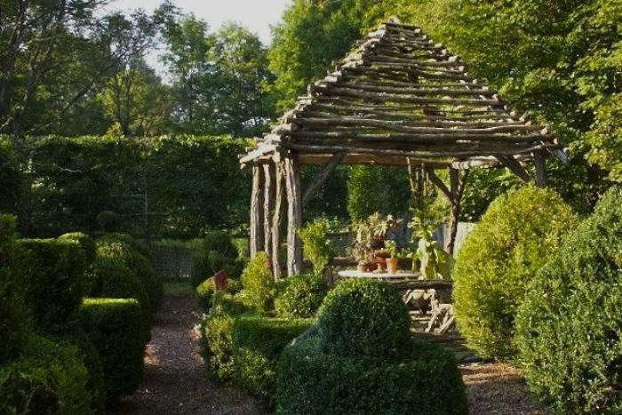 700_matthew-larkin-garden24