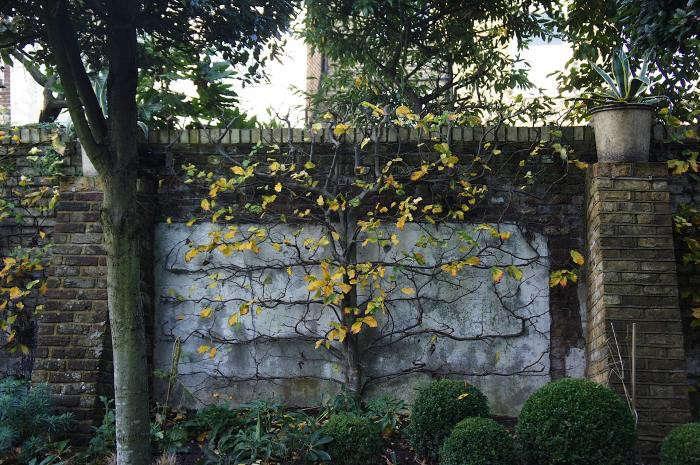 700_rmneisha-crosland-garden-07