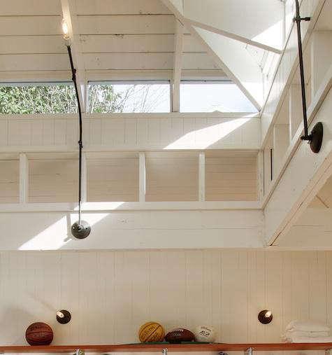 lake-wa-boathouse-light-details