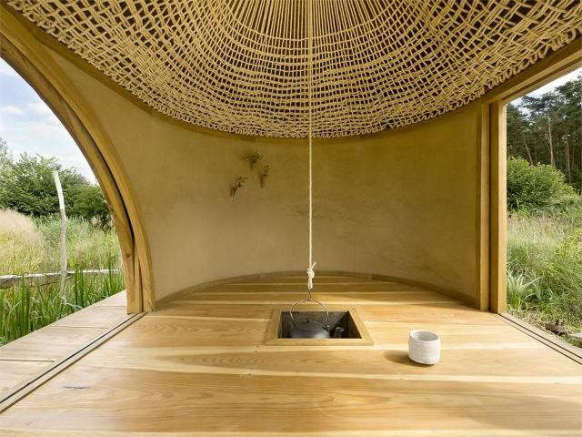 640_teahouse-3-knitted-sisal-soffit