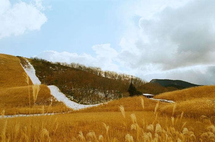700_akiko-seki-hike-in-japan-4