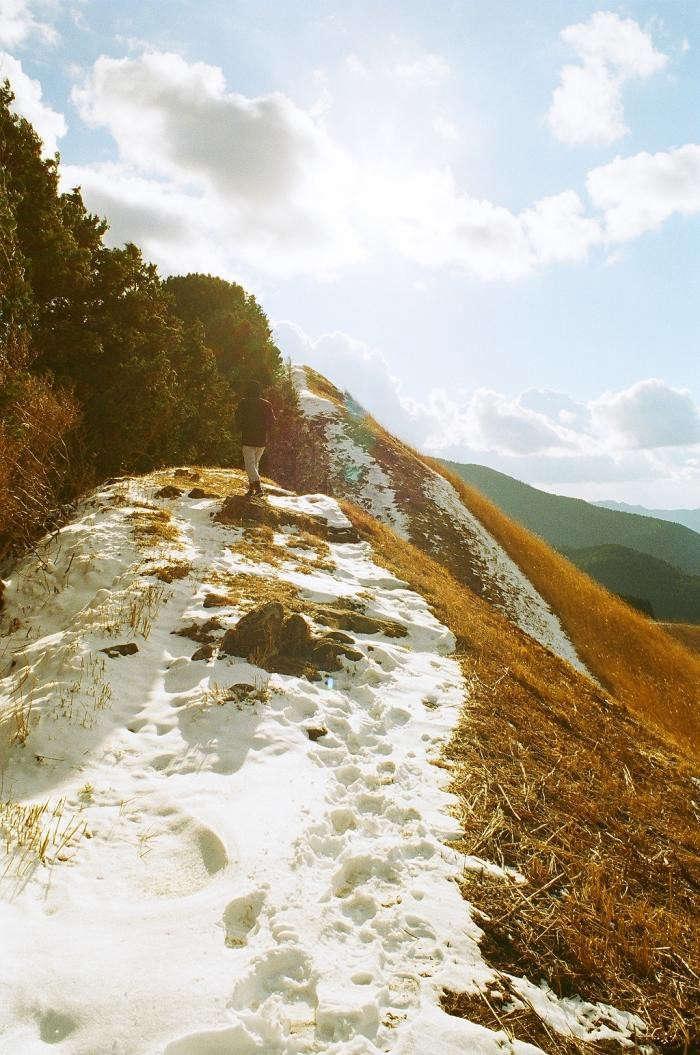 700_akiko-seki-hike-in-japan-6