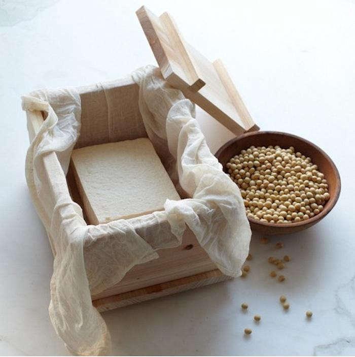 700_make-your-own-tofu