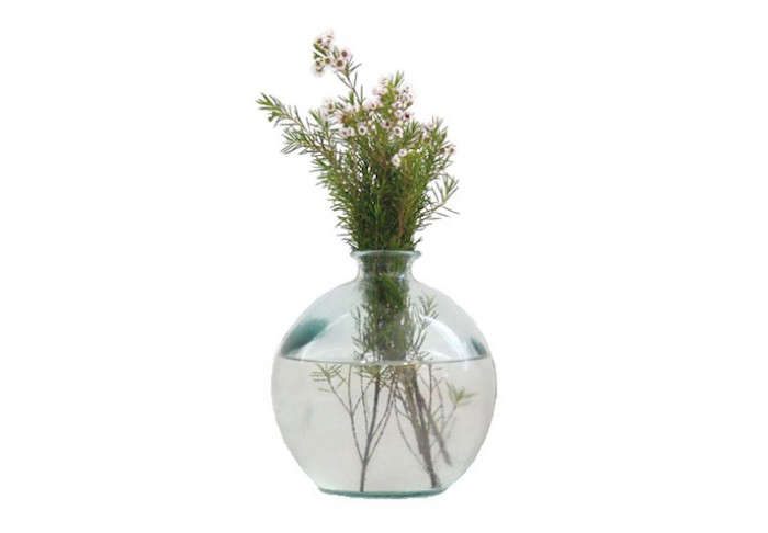700_recycled-ball-vase