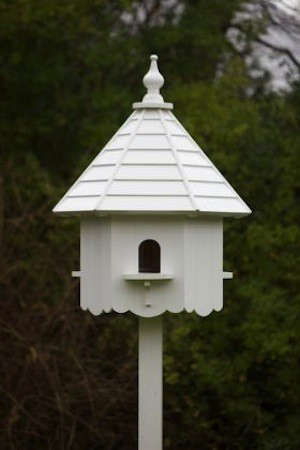 Steal this look kitchen garden at walnuts farm gardenista for Small bird house plans