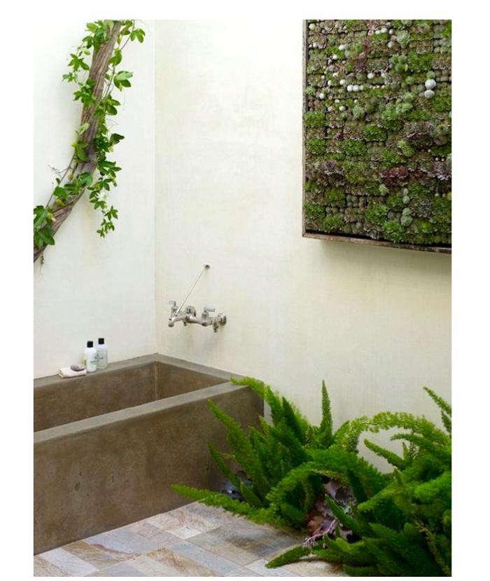 700_bathroom-with-garden-by-flora-grubb