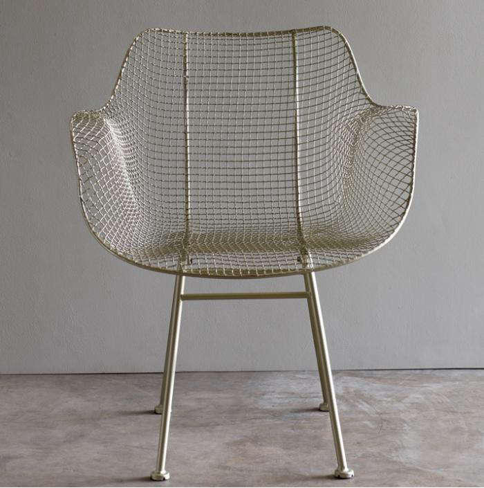 700_biscayne-wire-chair-gardenista