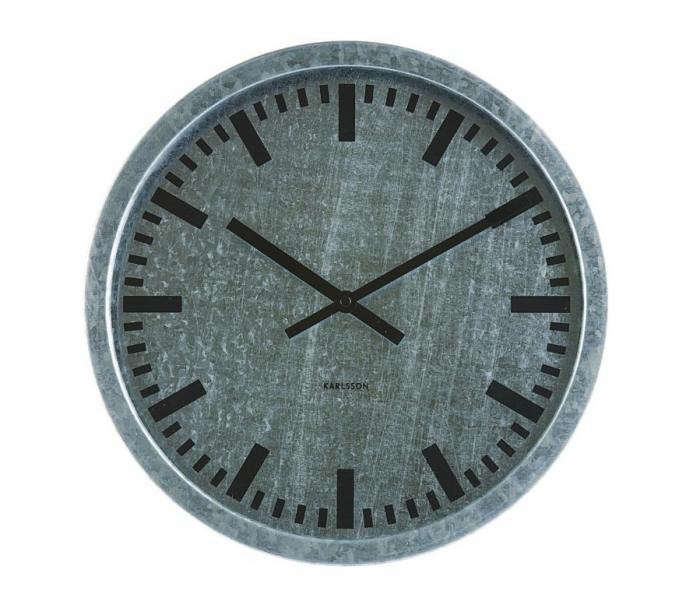 10 Easy Pieces Outdoor Clocks Gardenista