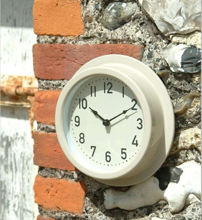 700_outdoor-clock-cox-and-cox