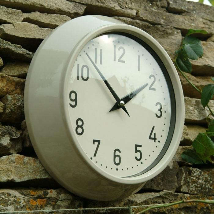 700_willow-stone-large-metal-outdoor-clock