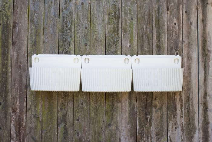 700_woolly-pockets-living-wall-planter-2
