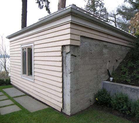 jas-before-boathouse