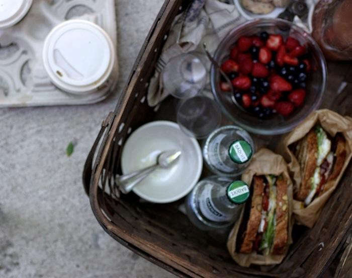 700_1harriot-grace-picnic-sandwiches