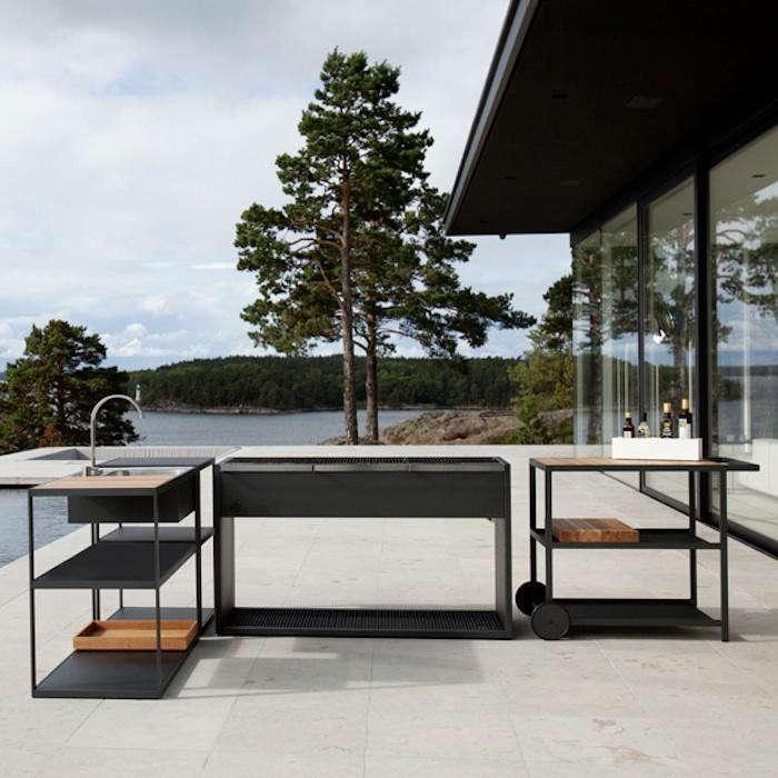 700_bbq-finnish-version-outdoors