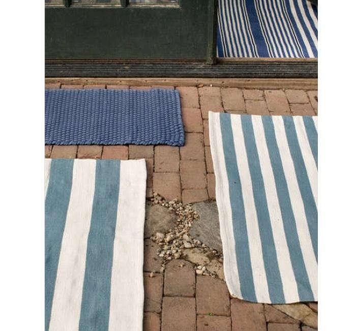 700_dash-albert-blue-outdoor-rugs