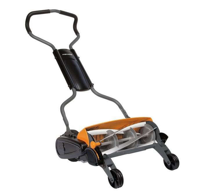 700_fiskars-staysharp-reel-mower