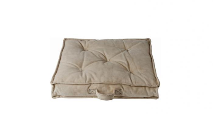 700_tarpaulin-terrace-cushion-in-desert-from-toast