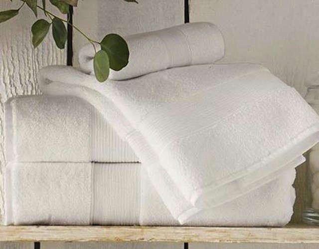 pb-820-white-towels