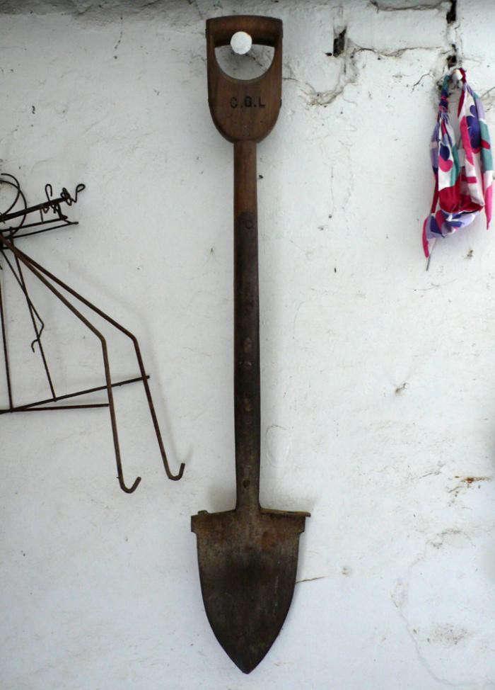 700_kelmarsh-spade