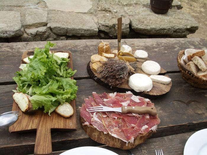 700_la-ferme-food