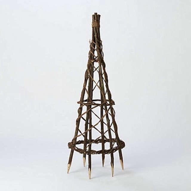 braided-obelisk