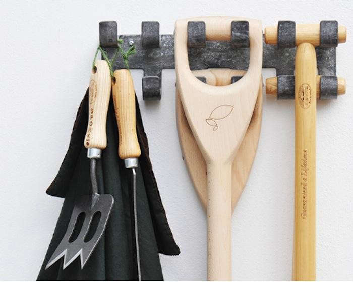 700_galvanized-tool-rack